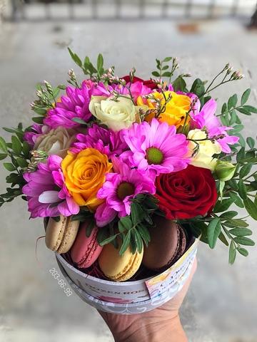 Цветы и macaron ( 4 шт.) #2012