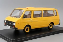 RAF-22038 yellow 1:24 Legendary Soviet cars Hachette #24