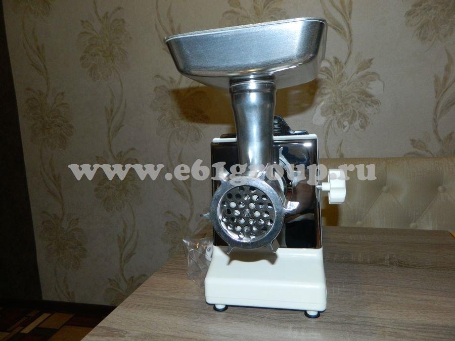 3 Мясорубка электрическая Комфорт Умница МЭ-3000Вт белая  хром. накладки цена