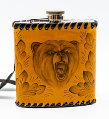 Фляга «Медведь», натуральная кожа с художественным выжиганием, 500 мл