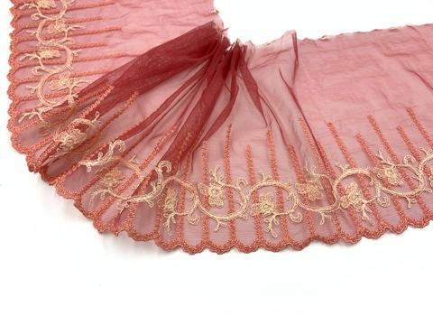 Вышивка на сетке эластичная кармин/лосось (правая), Италия