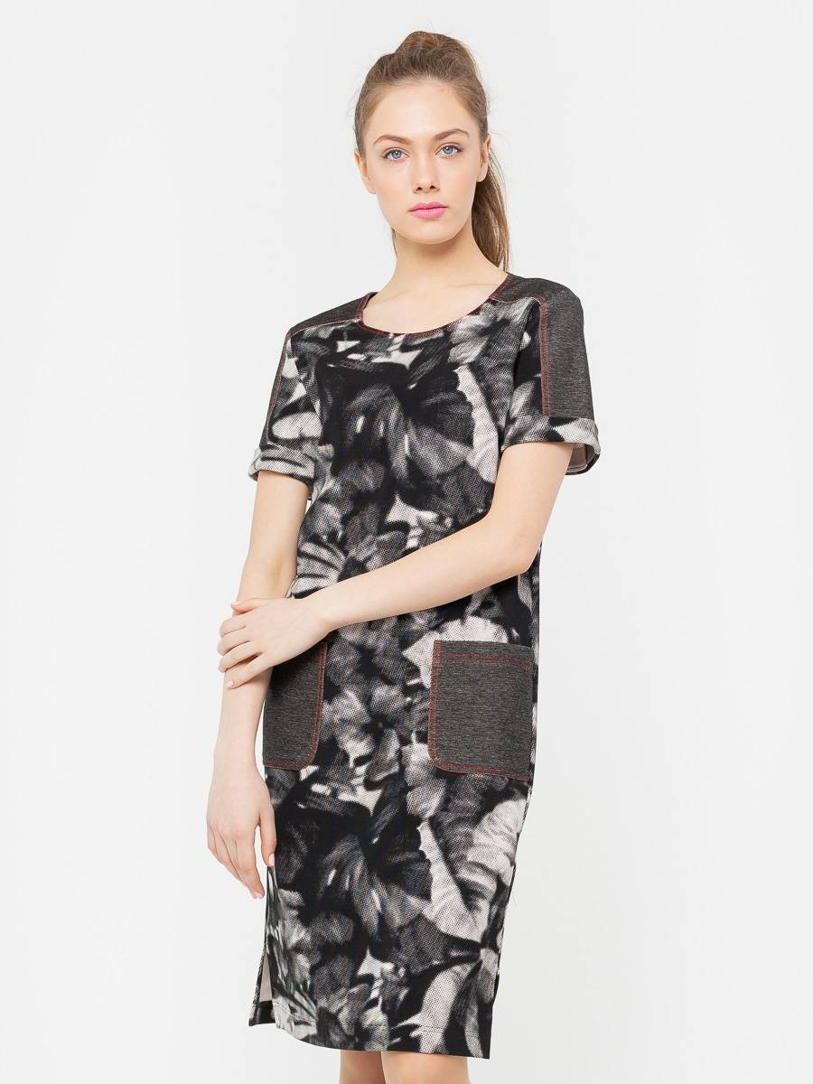 Платье З166-452 - Платье прямого кроя с втачными рукавами обеспечит комфорт и скорректирует пропорции фигуры, визуально уменьшит бедра и удлинит ноги. Броская отделка из однотонной джинсовой ткани и отстрочка контрастной нитью сделают ваш образ интересным и запоминающимся. В составе ткани есть эластан, который обеспечит комфорт и отличную посадку платья по фигуре.