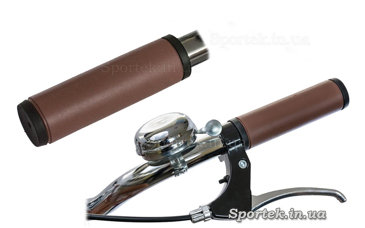 Грипсы и ручка тормоза у велосипеда Dorozhnik Comfort Female 2018
