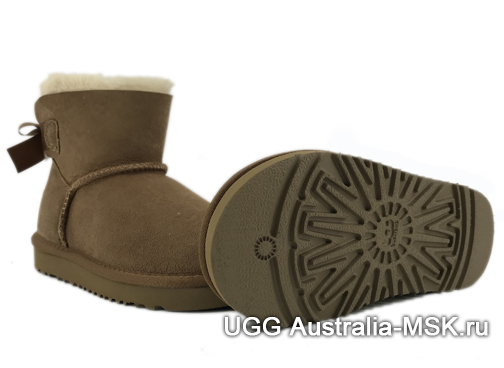 UGG Kids Bailey Bow Mini Chestnut