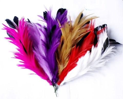 Основа из перьев  петуха на проволоке (выбрать цвет)