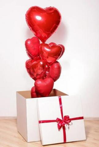 Коробка с шарами Любовь