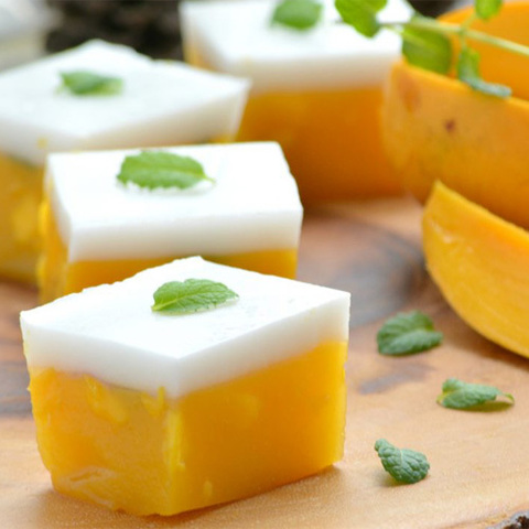 https://static-eu.insales.ru/images/products/1/7208/120675368/coconut_mango_dessert.jpg