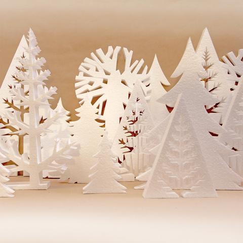 Декоративный лес из пенопласта.