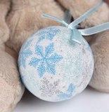 Зайка Ми с голубым новогодним шариком купить