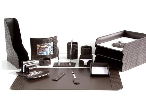 Настольный набор руководителя 16 предметов из кожи Treccia/шоколад №56