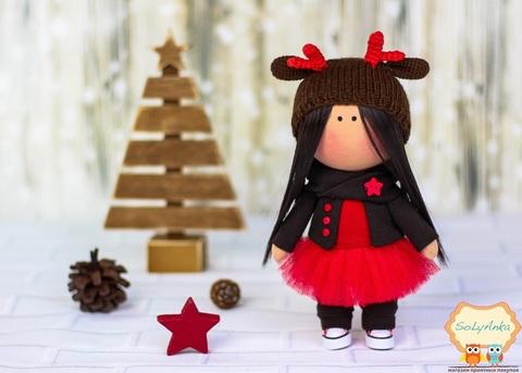 Лялька Мері. Колекція La Petite.