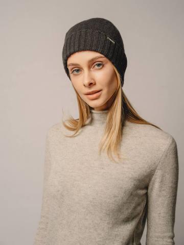 Женская шапка черного цвета из 100% кашемира - фото 2