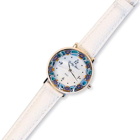 Часы на белом кожаном ремешке из муранского стекла