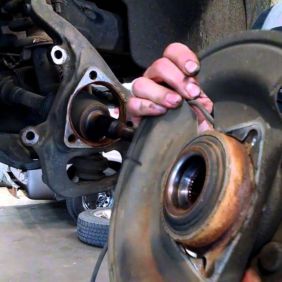 Замена ступицы колеса в сборе фото-1