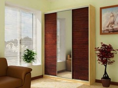 Шкаф 3-х дверный с одним зекалом, ширина 280 см