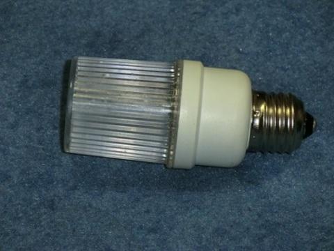Строб лампа белая Е27