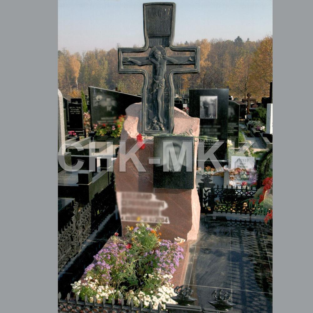 Памятник с бронзой №0