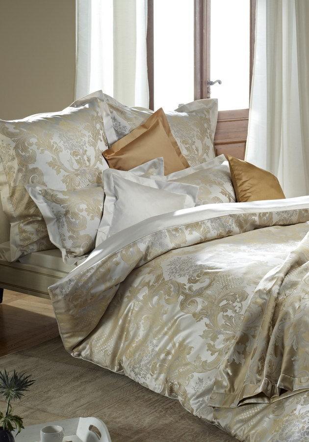 Постельное белье 2 спальное евро Curt Bauer Louis XIV золотое