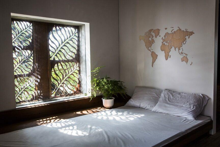 "Карта мира ""Wall Decoration Exclusive"", 280x170 cм (американский орех) от 69 900 руб"