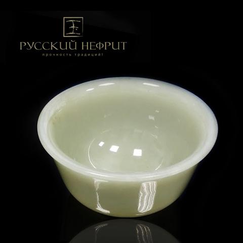Чашка для чая из белого нефрита