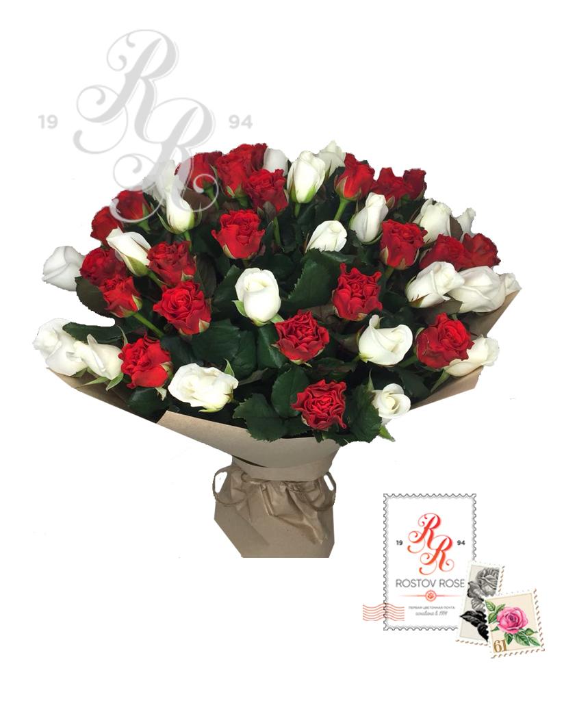 Букет 51 роза красно-белый микс