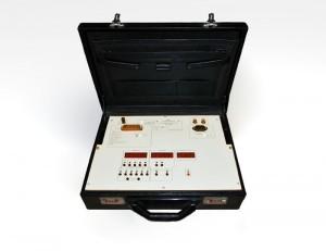 ЦУ 855 Установка поверочная для преобразователей напряжения переменного тока и щитовых приборов