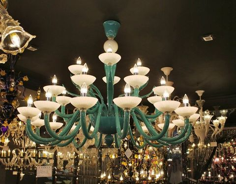 murano chandelier  12-01  by Arlecchino Arts ( HK)