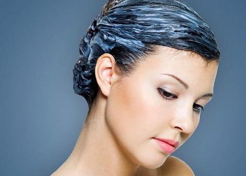 Маска восстанавливает поврежденные волосы, питает и увлажняет, верн...