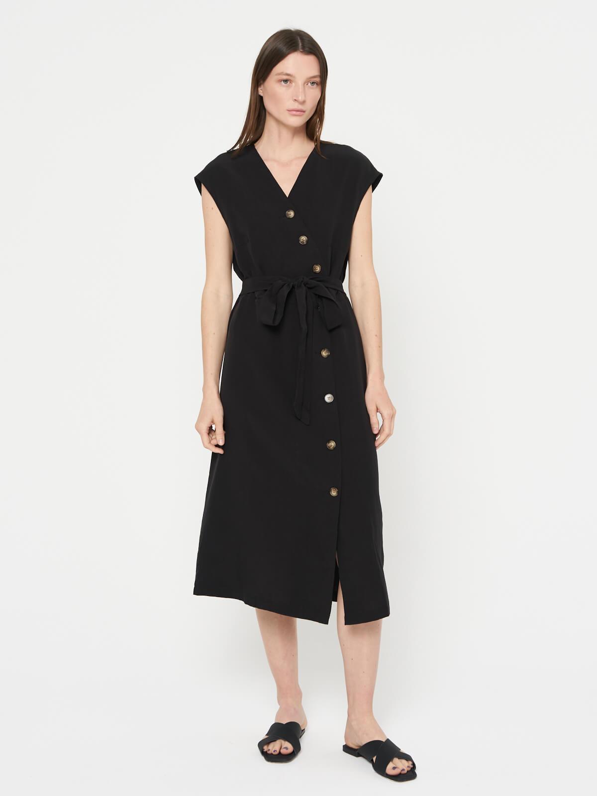 Платье на пуговицах со вшитым поясом