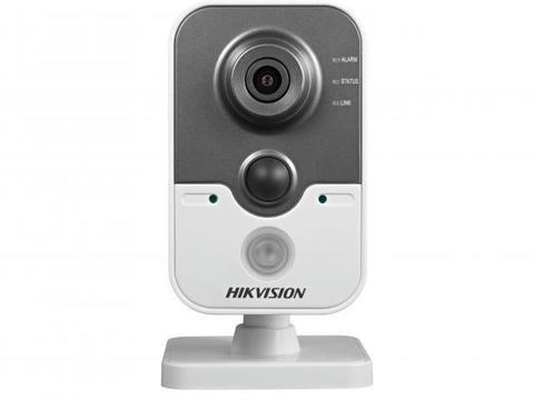 Камера видеонаблюдения DS-2CD2422FWD-IW