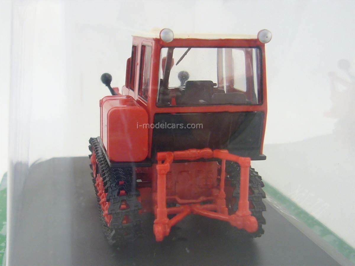 Tractor DT-75K 1:43 Hachette #83