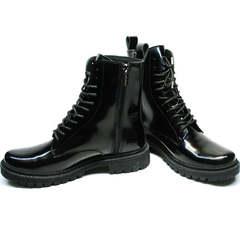Высокие ботинки на шнуровке женские зимние Ari Andano 740 All Black.