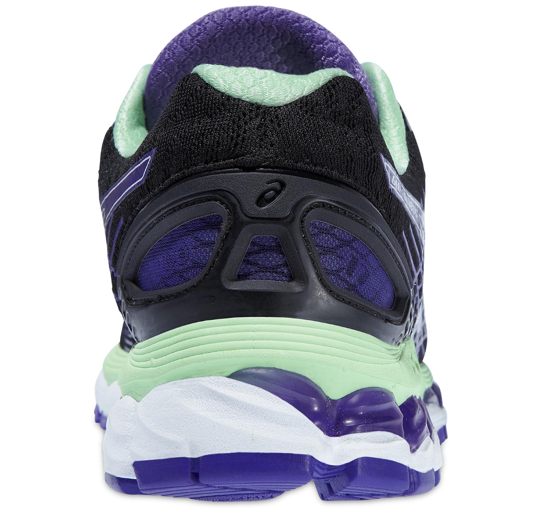 Женские беговые кроссовки Asics Gel-Nimbus 17 (T557N 9935) черные фото