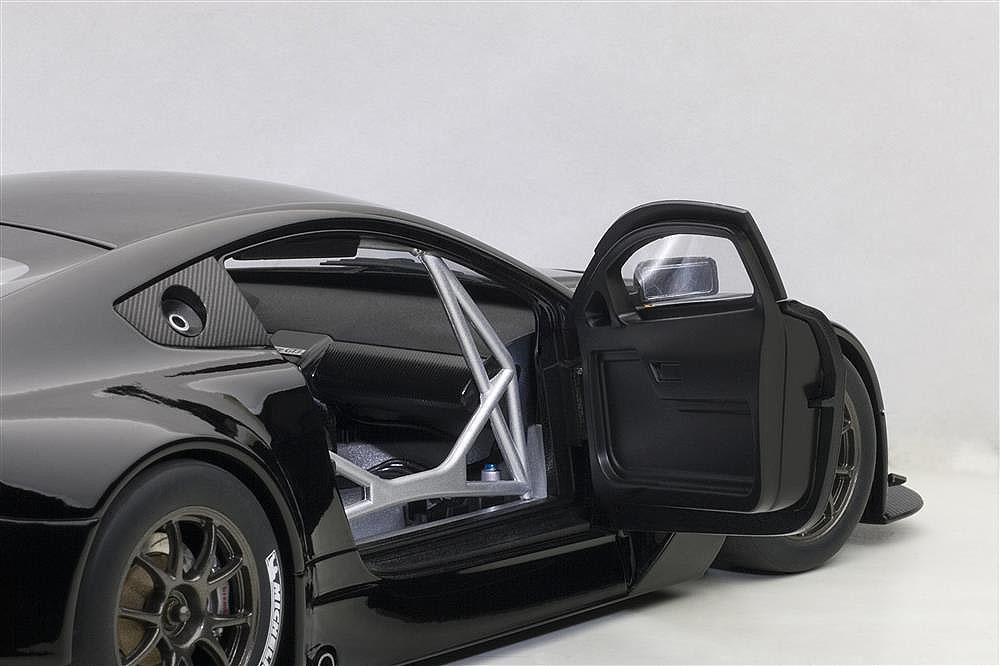 Коллекционная модель Aston Martin Vantage V12 GT3 2013 Black