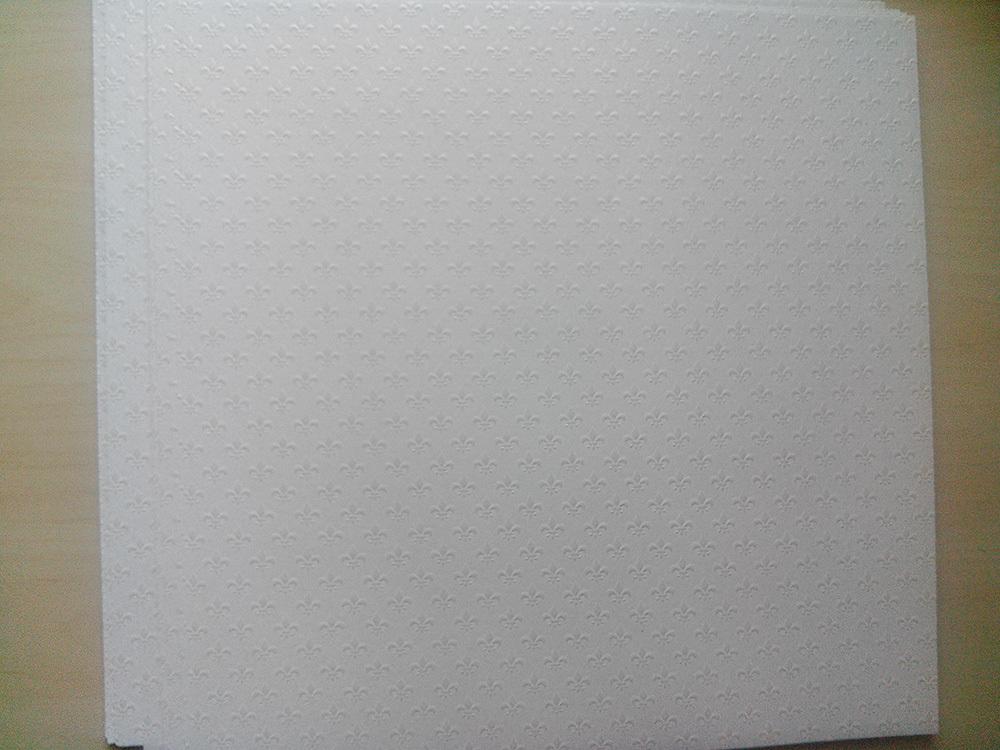 Бумага «Лилия» с тиснением белая, 110 гр/м2
