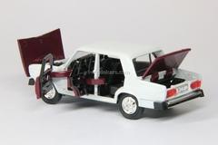 VAZ-2105 Lada Rally #43 white-darkred Agat Mossar Tantal 1:43