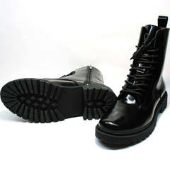 Женские ботинки на толстой подошве зимние Ari Andano 740 All Black.