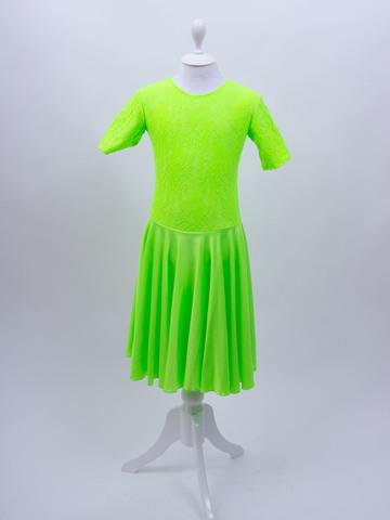 Рейтинговое платье Re6/2 с гипюром