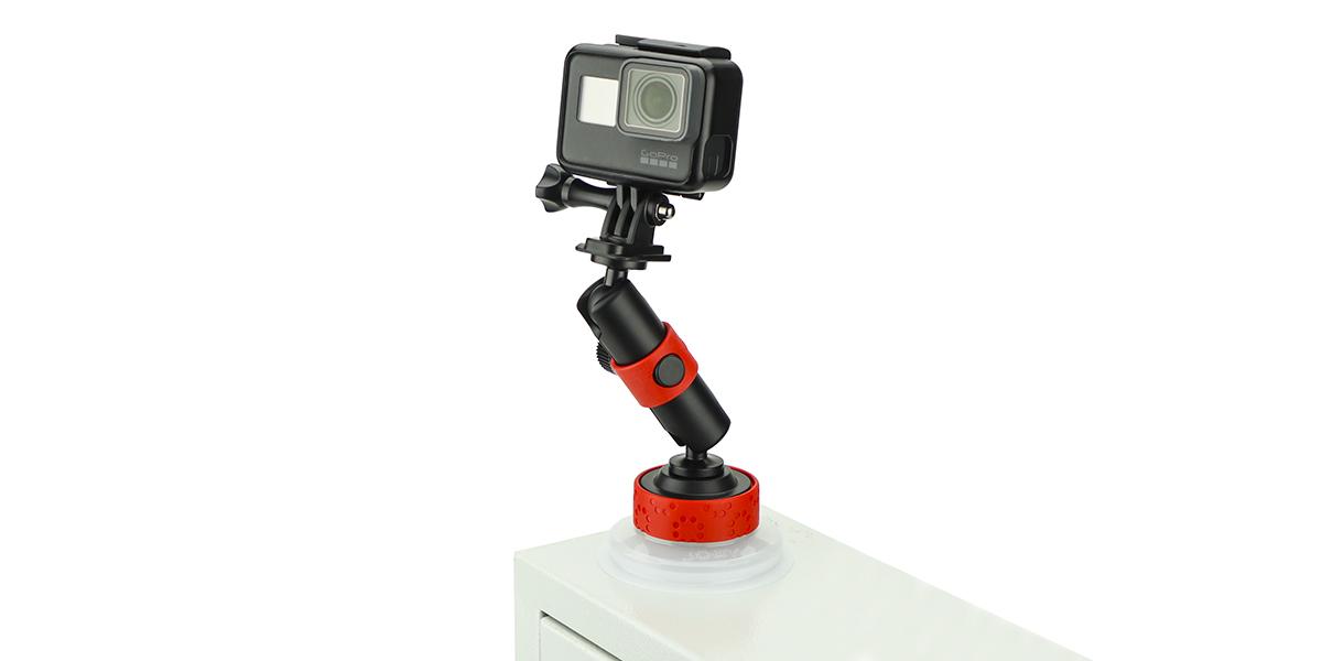 Присоска Joby Suction Cup & Locking Arm с камерой горизонтально