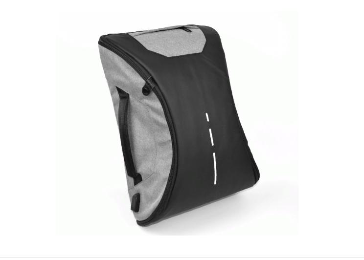 Сумка-рюкзак с USB-разъемом