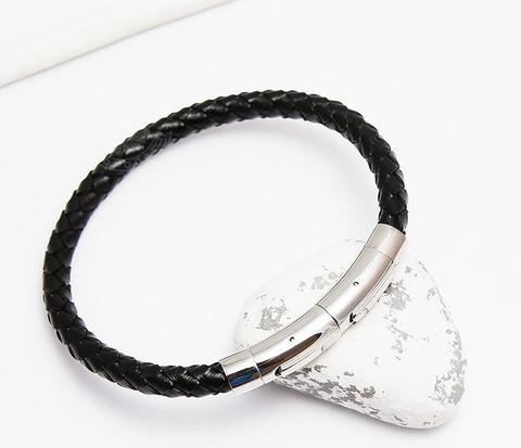 Мужской браслет из плетеного шнура со стальной застежкой