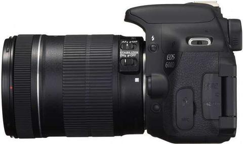 Canon EOS 600D Kit 18-135mm IS STM