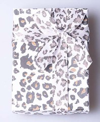 Подарочная коробка под гарнитур(серьги,кольцо,подвеска) 490687