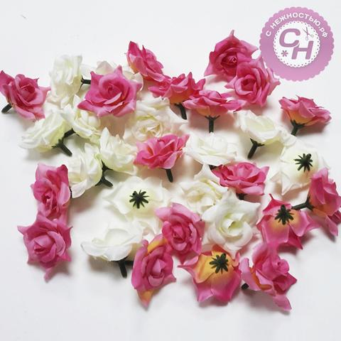 Цветок розы остроконечной 3,5 см.