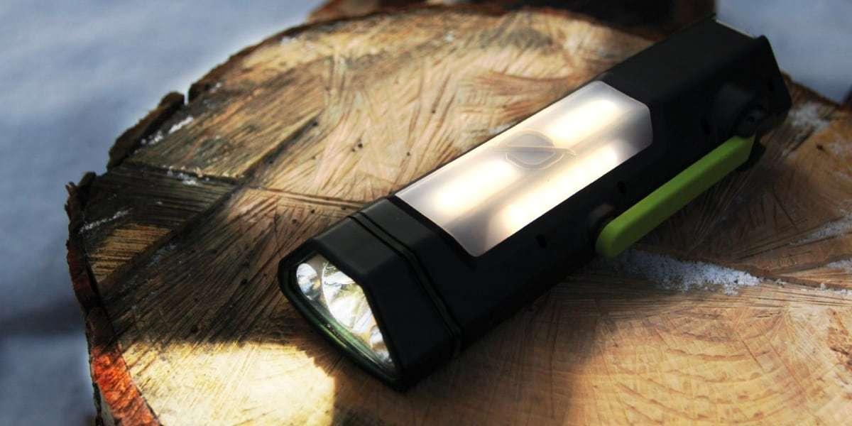 Фонарь/источник питания Goal Zero Torch 250 светит