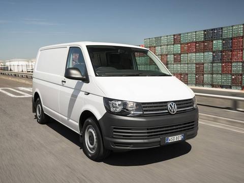 Чехлы на Volkswagen T6 фургон Multivan / Caravelle / Transporter 2015–2018 г.в.