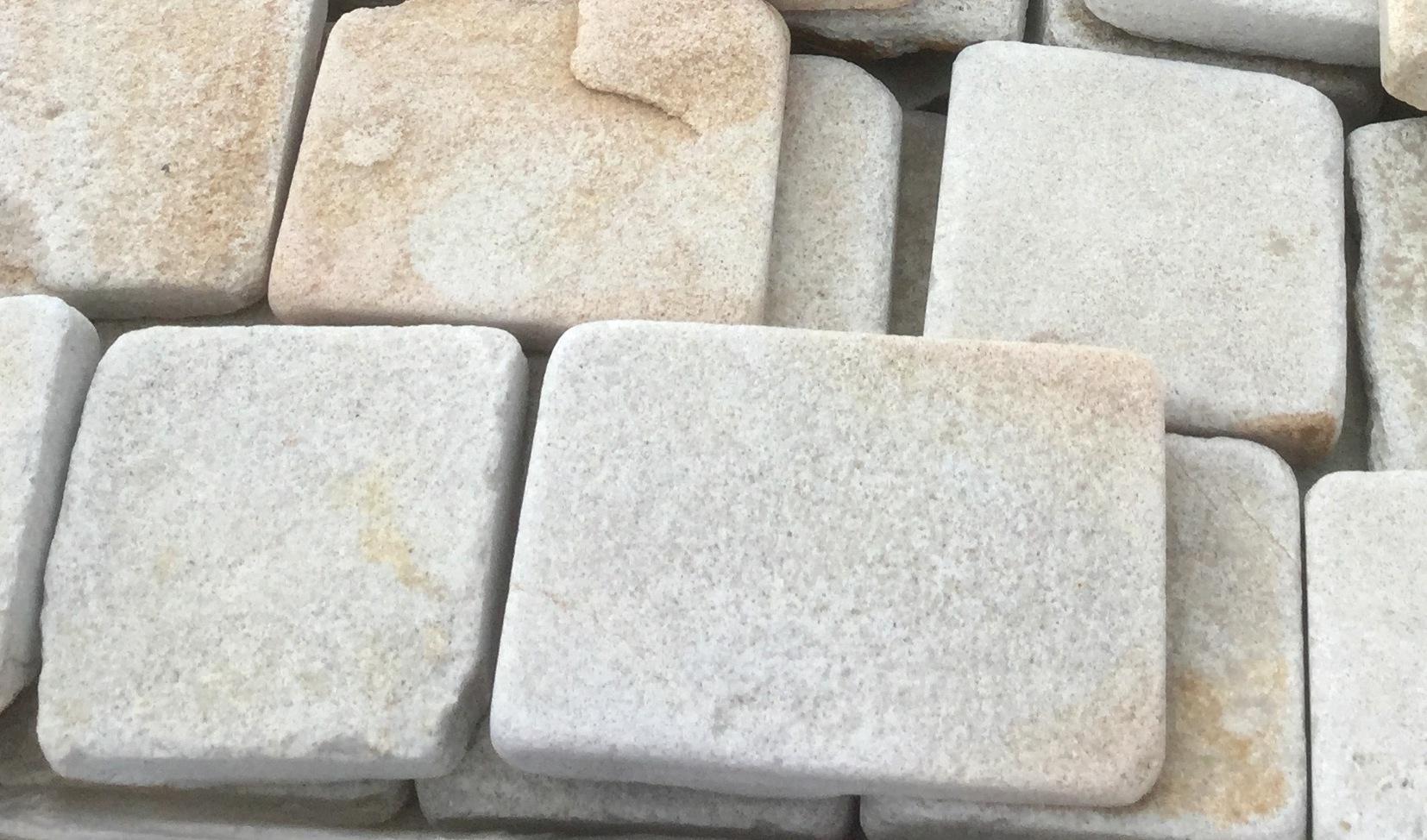 брусчатка песчаник пилено-галтованный Жемчуг, отгрузка напрямую с карьера
