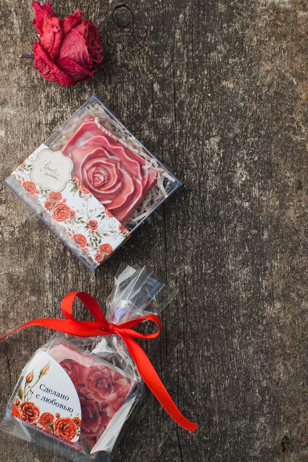 Уголок для мыла с вырубкой Розы