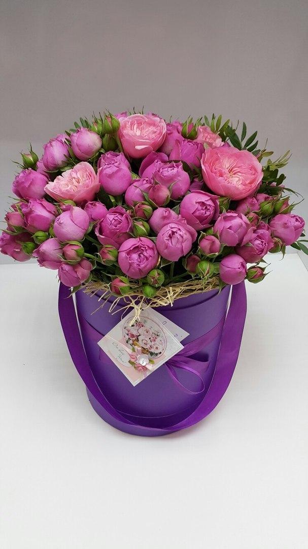 Шляпная коробка D 16 см .Цвет: фиолетовый . Розница 400 рублей.