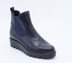 Синие кожаные ботинки на платформе